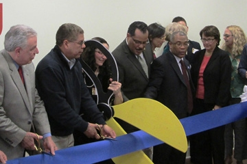 Ribbon Cutting for 'Little Heaven' on Armitage